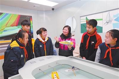 上海社建设-浦东新区社建设初中如何大学毕业考图片