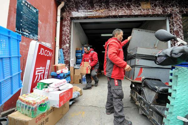 劳动观察·春节留守上海,值还是不值?