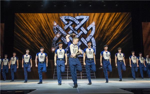 """上海文联-""""踢踏舞第一人""""现场演绎!《王者之舞》究竟有多嗨?"""